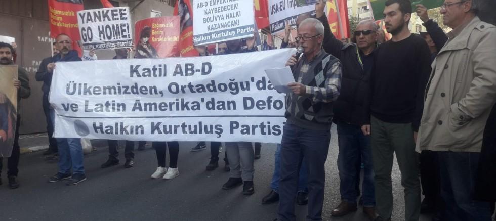 ABD Konsolosluğu Önünde Bolivya Protestosu