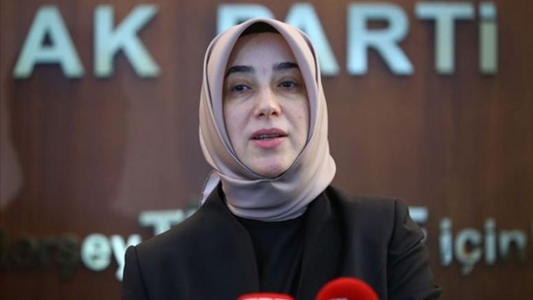 AKP'li Özlem Zengin Çıtayı Çok Düşürdü