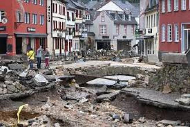 Almanya'da Sel Sonrası Ölü Sayısı Artıyor