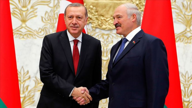 Avrupa'nın Son Diktatörü Lukaşenko Yine Yüzde 80'le Kazandı