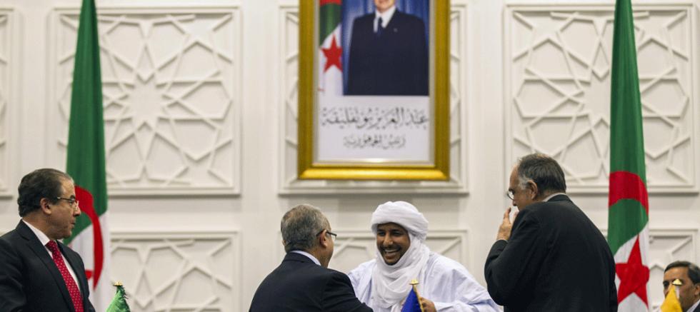 Cezayir Çerçeveyi Kırmaya Çalışıyor