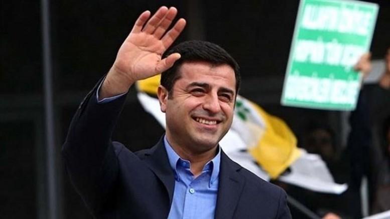 Demirtaş AKP Hukukunu Tiye Aldı