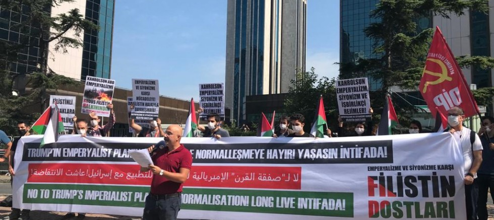 Filistin Dostları'ndan İsrail Konsolosluğu Önünde Eylem