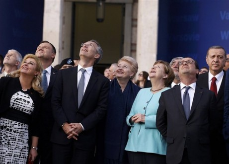 NATO Zirvesi'nde Sonuç Beklendiği Gibi