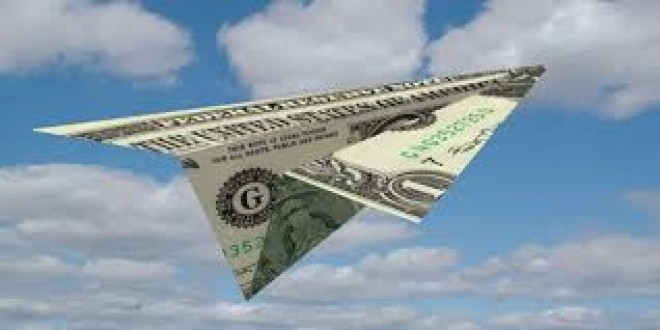 Şirketler Paralarını Yurt Dışına Çıkarıyor