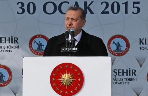 """""""Tarafsız"""" Cumhurbaşkanı AKP'ye oy istedi"""
