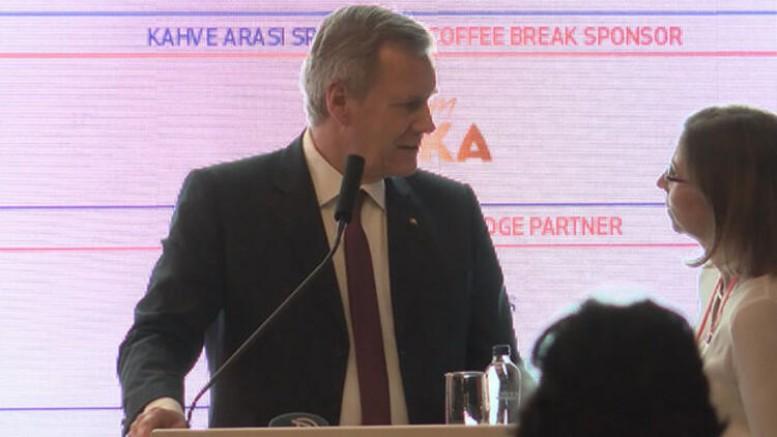 TÜSİAD Konferansında Skandal